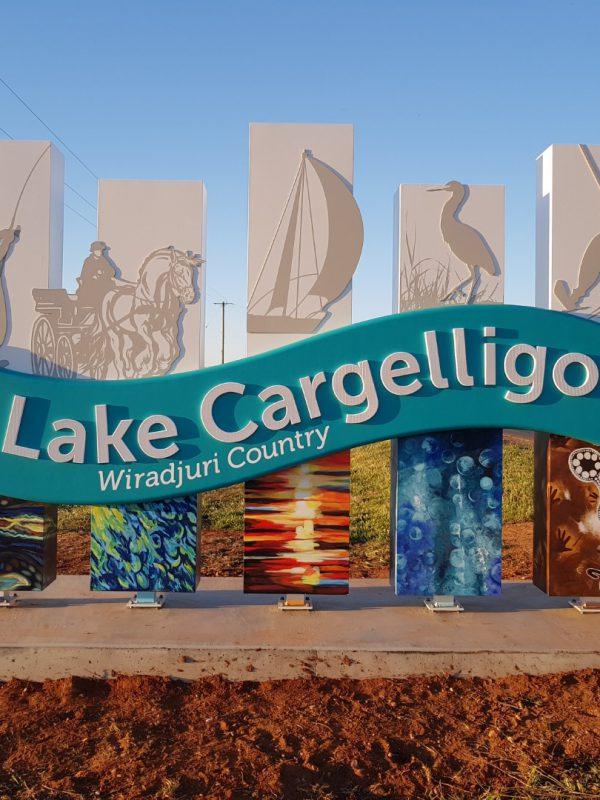 lake cargelligo sign